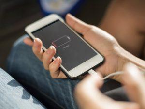 Điện thoại không dùng mà vẫn hết pin