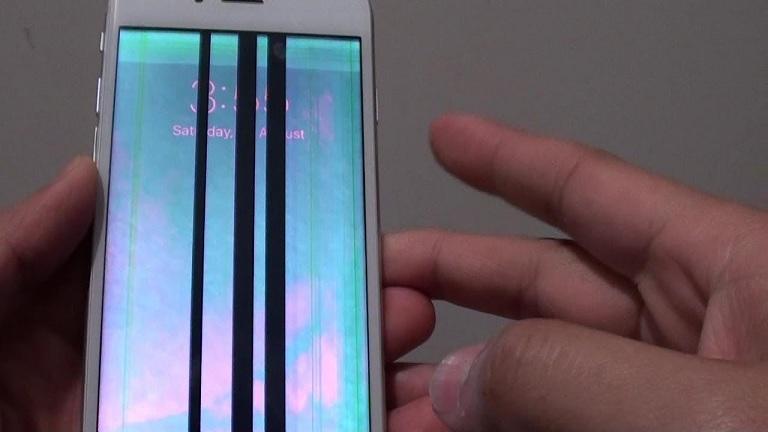 Nguyên nhân iphone bị sọc màn hình